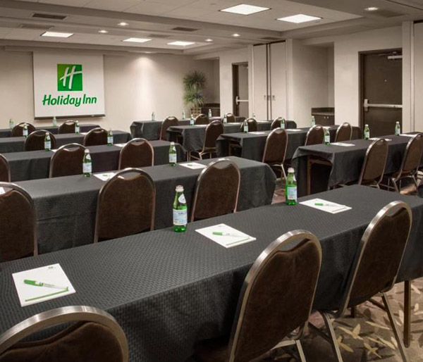 holiday-inn-suites-scottsdale-north-airpark-small-images-meeting-room-1